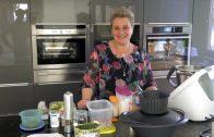 Kochen – Rohkostsalat, Vollwertbrötchen, Aufstrich  (Renate Ruetz)