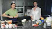 Kochen – Buttermilch-Creme und Erdäpfel-Gulasch (Christine und Maria Schnegg)