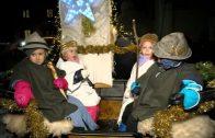 Christkind Und Weihnachtshaus in Nassereith