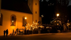 Lesung Waltraud Kiechl mit Adventmarkt und Weihnachtshaus